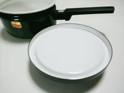 ソースパン蓋の裏