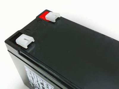 互換バッテリー 端子カバー